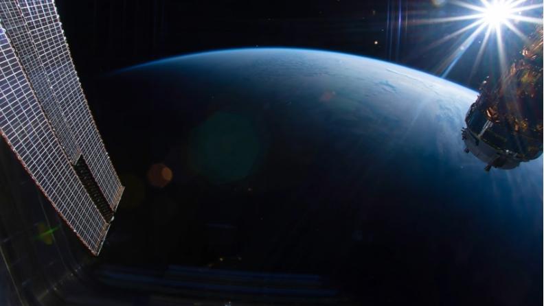 Video : Levé de Soleil vu depuis l'espace